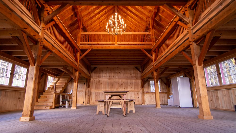 View of main floor facing back of barn. (Mountain Brothers Media)