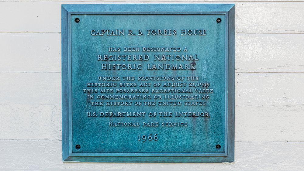 National Historic Landmark plaque. (Image courtesy of Sasha Pedro Photography, @sashapdro)