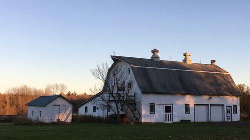 Crown Hill Farm